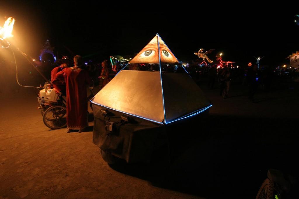 Dan K.'s Pyramid art car